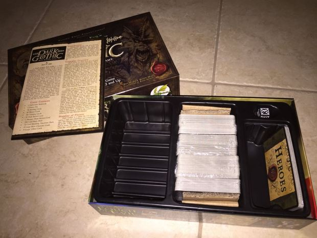 The box contains the cards, rulebook and a special die. There is a lot of extra space, which I would guess is for future expansions.
